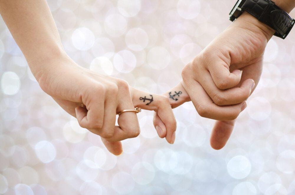 tatuaggio ancora foto